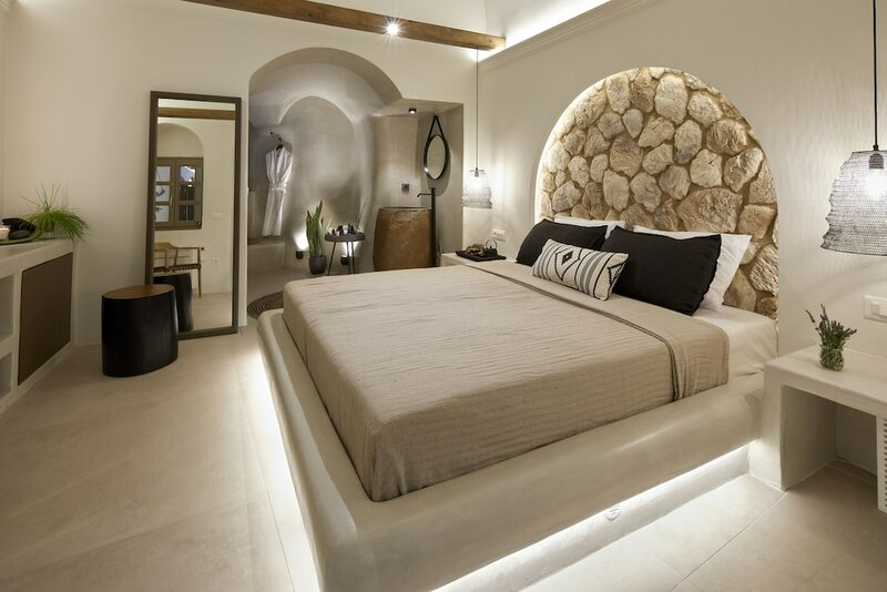 Floria Suites