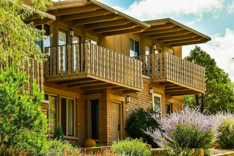 Fort Marcy Hotel Suites by All Seasons Resort Lodging