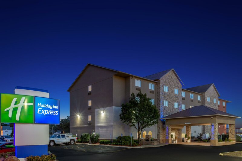 Holiday Inn Express Hotel & Suites Ex I-71/Oh State Fair/Expo Ctr