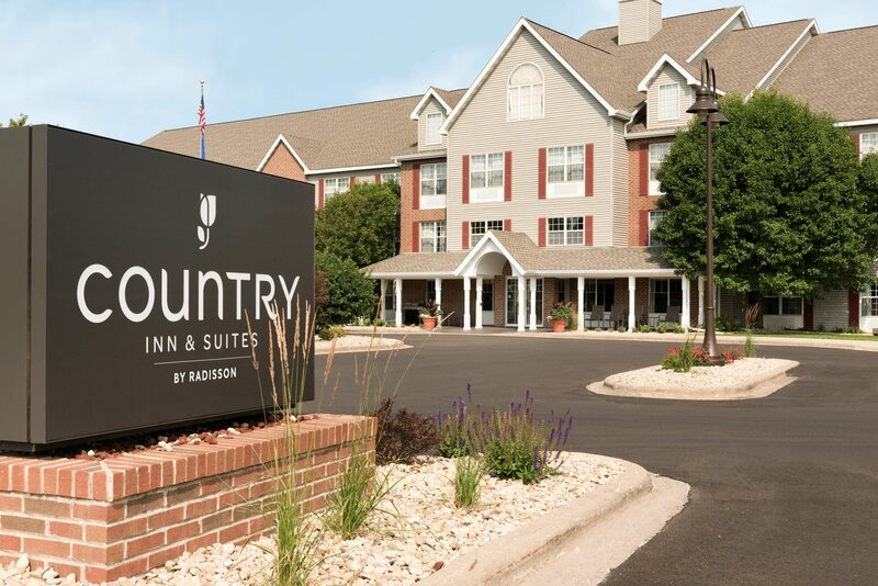 Country Inn & Suites by Radisson, Madison, Wi
