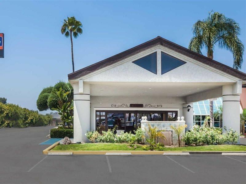 Anaheim Park Hotel