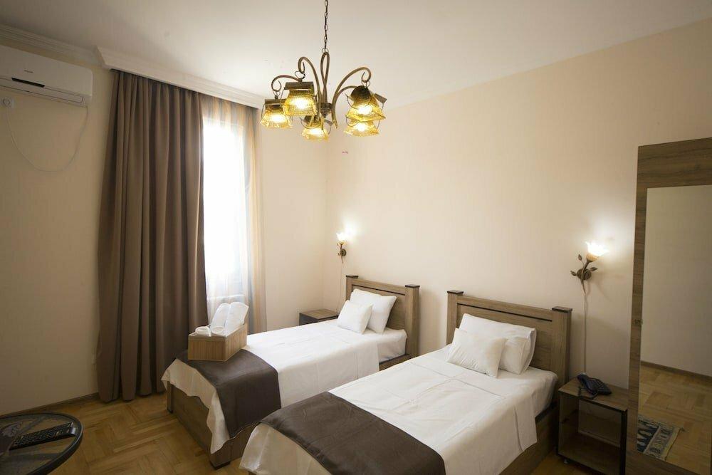 гостиница — Отель Log Inn Boutique — Тбилиси, фото №1