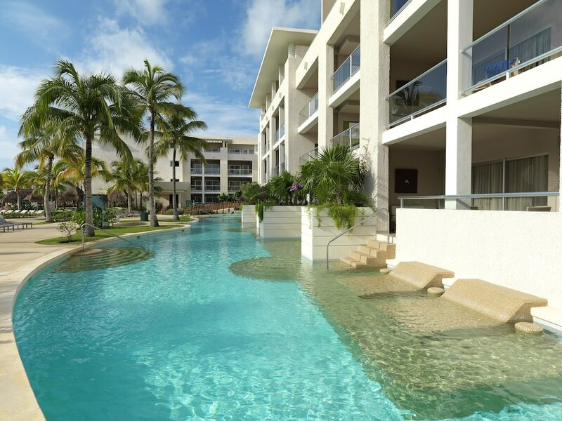 Royal Service at Paradisus La Perla All Inclusive - Adults Only