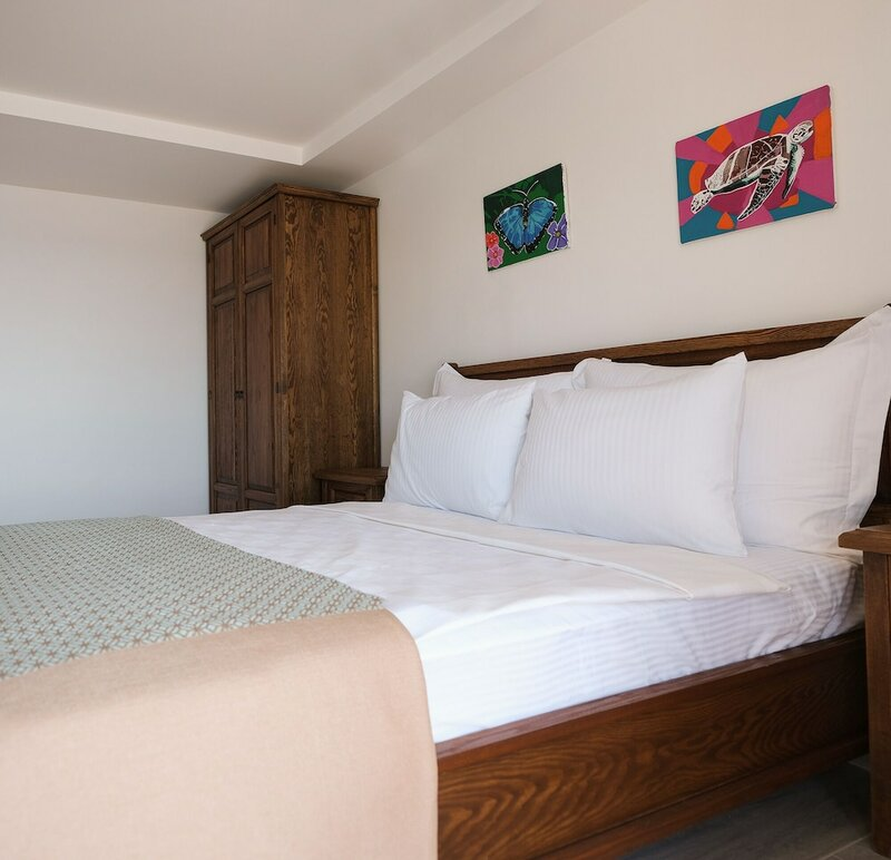 Mimas Marine Hotel