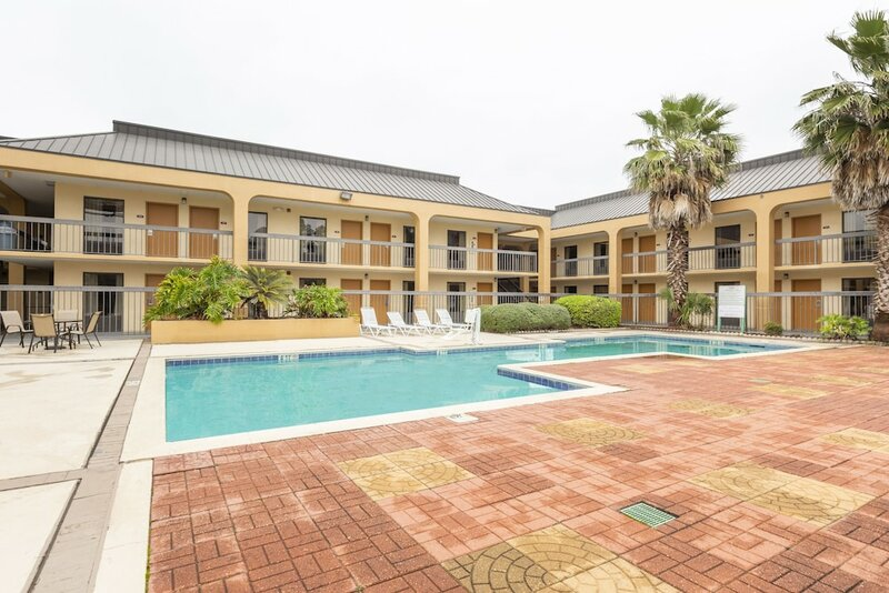 Days Inn Baton Rouge South