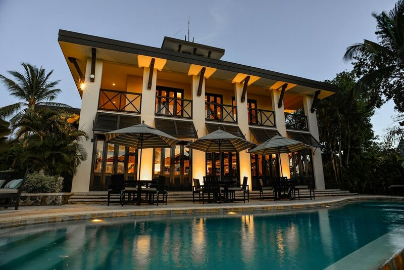 Coco Breeze Residence