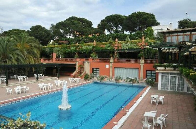 House - 2 Bedrooms with Pool, WiFi and Sea views - 107934
