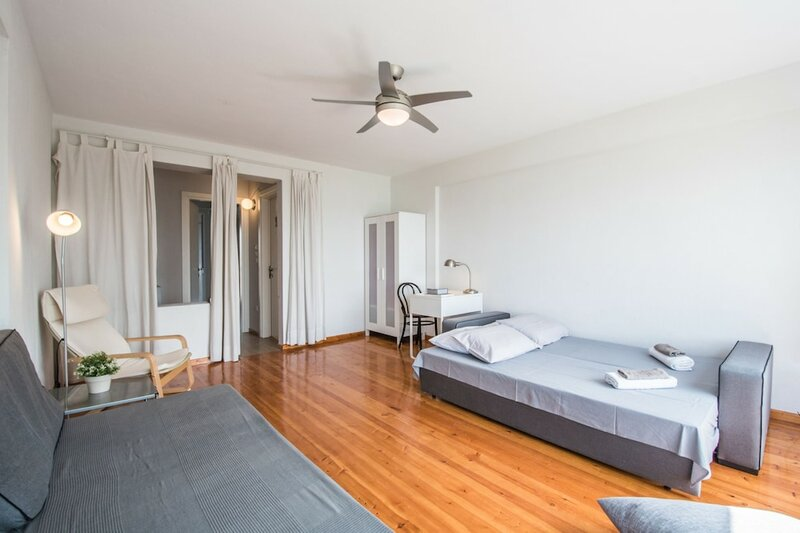 Halu! Modern & Cozy Seafront Villa