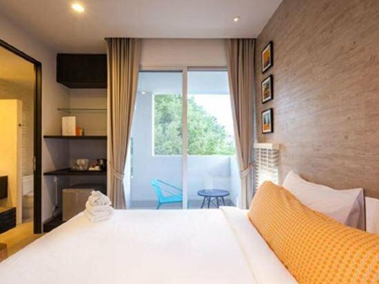 Baby Grand Hua Hin Hotel