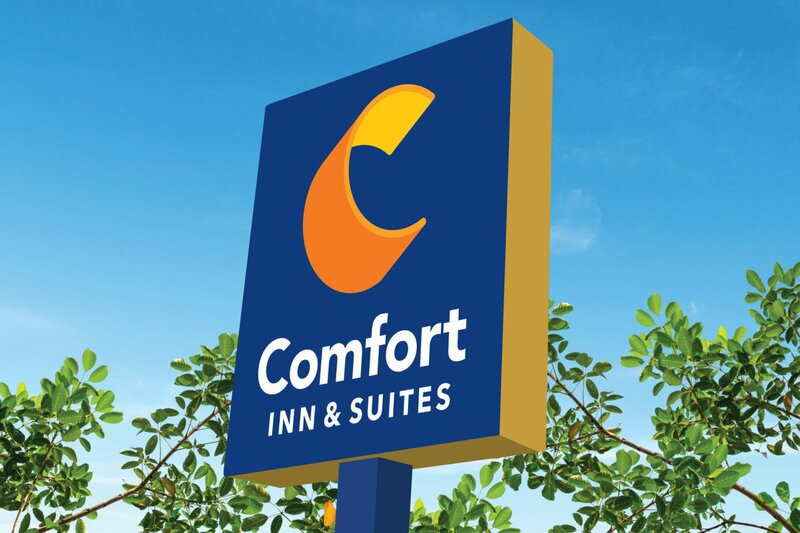 Comfort Inn & Suites North Dallas-Addison