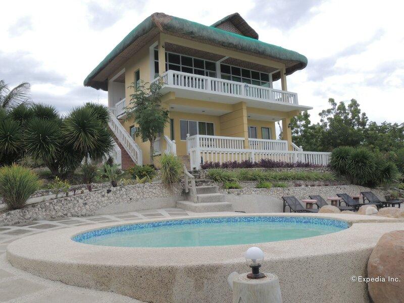 Moalboal Beach Resort