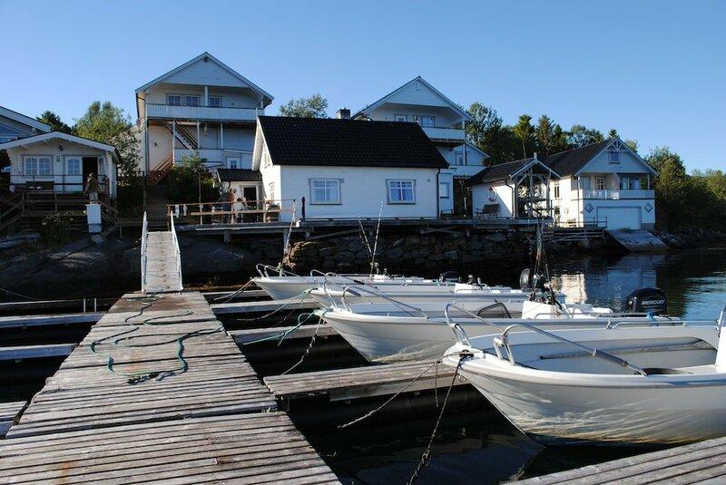 Furoy Fishingcamp and Hotel Apartments