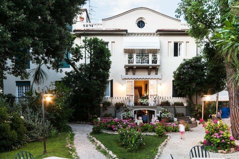 Club I Pini - Residenza D'Epoca