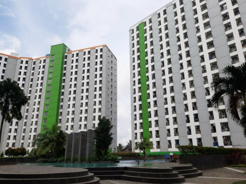 Oyo 498 Green Lake View Ciputat Syariah