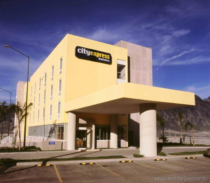 City Express Monterrey Santa Catarina