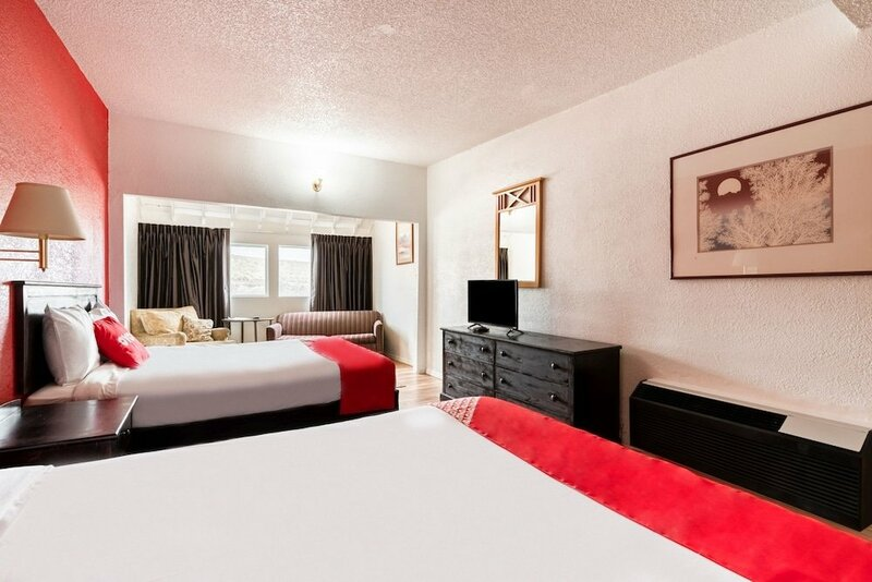 Americas Best Value Inn- Globe Miami