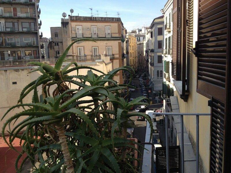 Sleep In Napoli