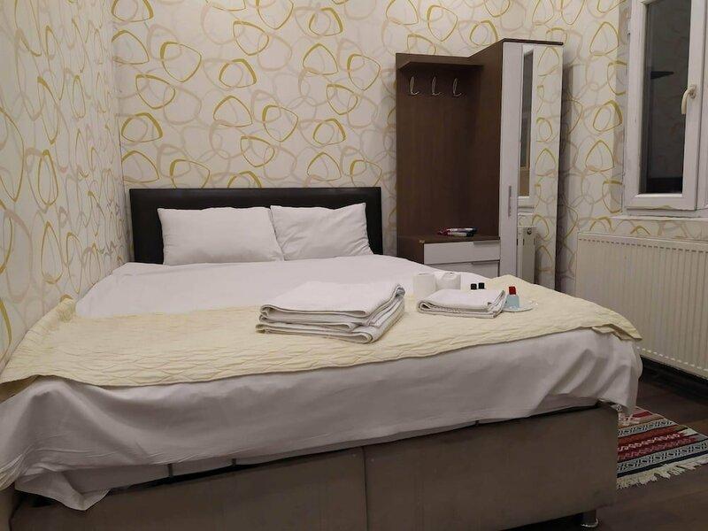 White Apart Hotel