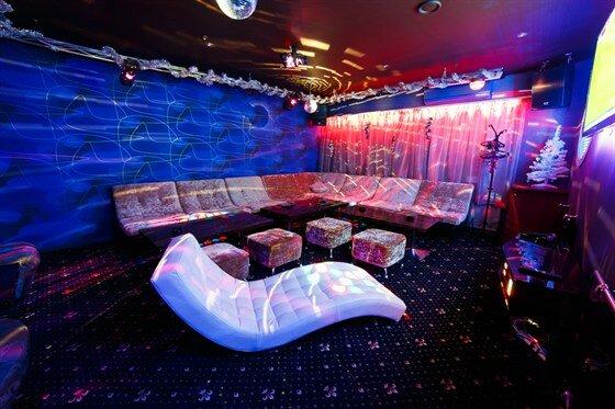 Клуб пионер москва на в женском туалете ночного клуба