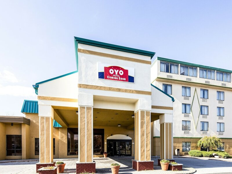 Oyo Hotel & Conference Center East Hanover