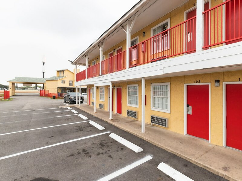 Economy Inn San Antonio Lackland