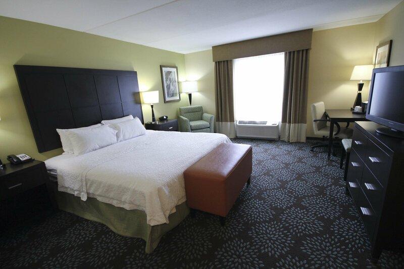 Hampton Inn And Suites Pensacola/Gulf Breeze, Fl