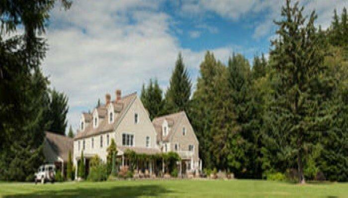 Minette Bay Lodge