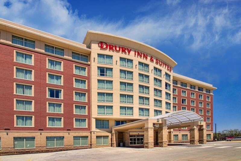 Red Roof Inn Plus+ & Suites Knoxville West – Cedar Bluff