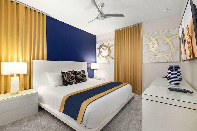 Sr015v: 9 Bed, Treehouse, Avengers, Ping Pong