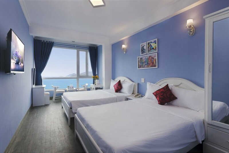 Art Deluxe Hotel