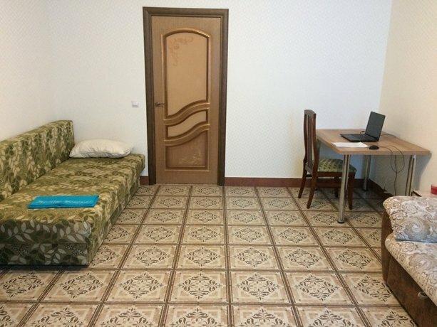 Metro Gorki Apartments