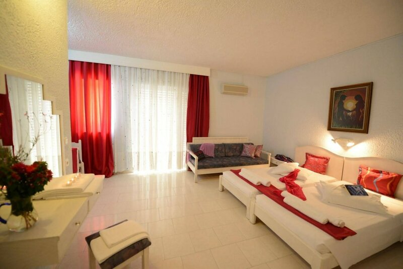 Golden Star Hotel - Adults Only