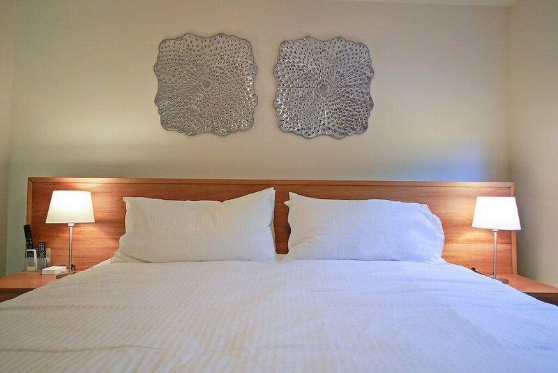 4 Master Suite Villa in Casa Linda