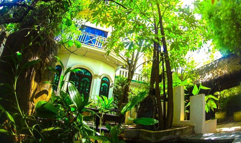 EOcambo Villa