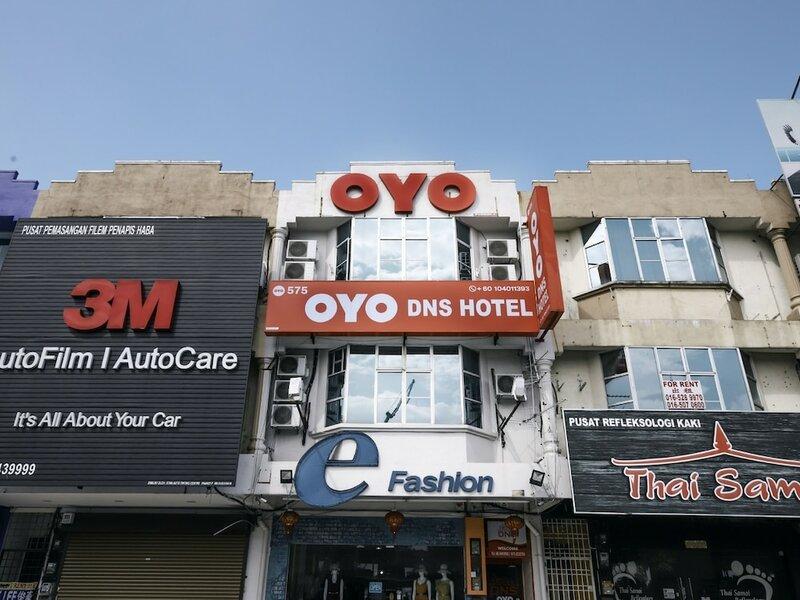 Oyo 575 Hotel DNS