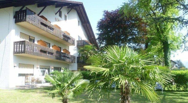 Hotel Pension Weingarten