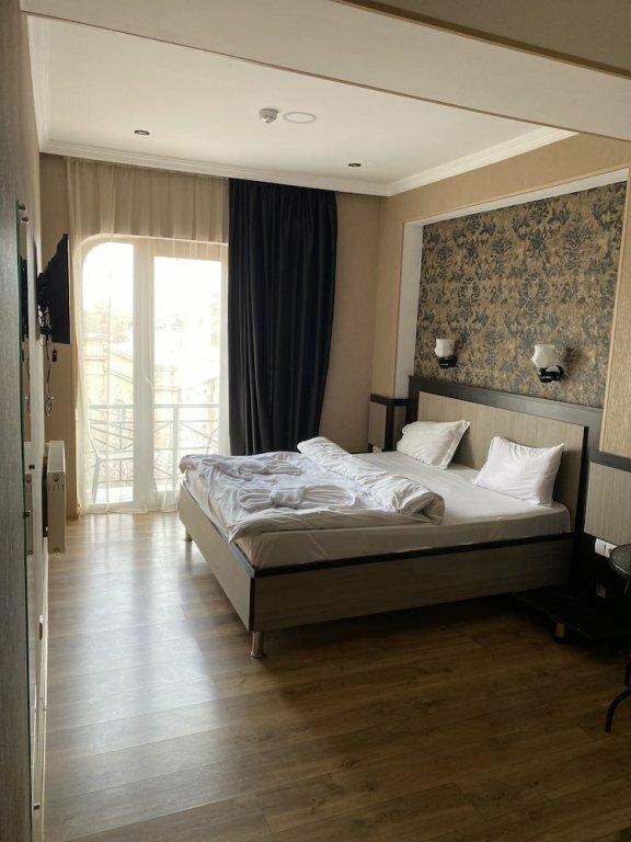 гостиница — Отель 7 Baits — Тбилиси, фото №1