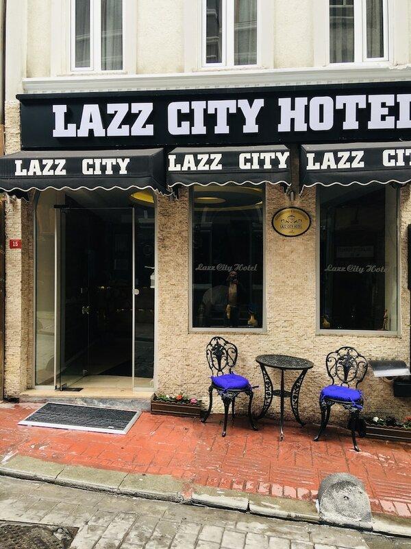 Lazz City Hotel