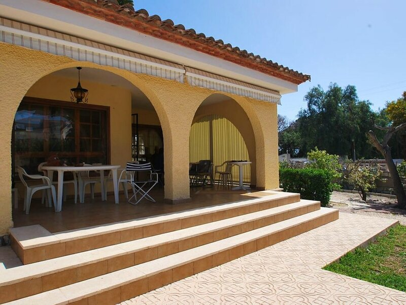 House With 3 Bedrooms in Sant Joan D'alacant, With Wonderful Mountain