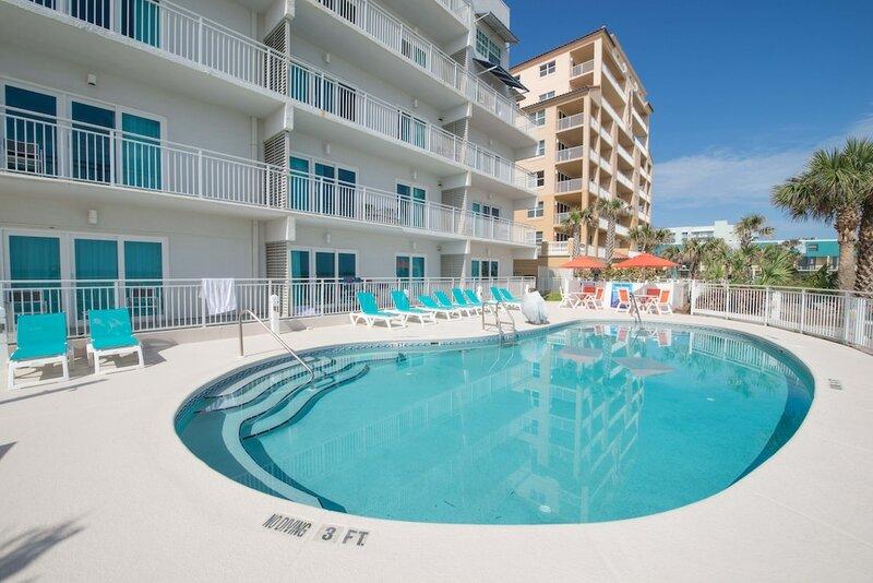 Coconut Palms Beach Resort II a Ramada by Wyndham