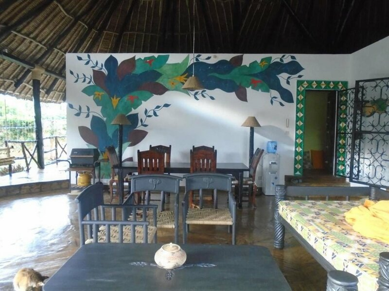 3 Bedroom Villa in Diani Beach, With Private Pool, Wifi - 300 m From t
