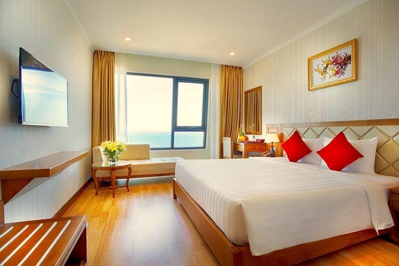 Serene Beach Hotel Da Nang