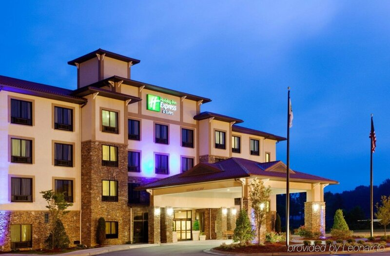 Holiday Inn Express Hotel & Suites Lington Nw-The Vineyard