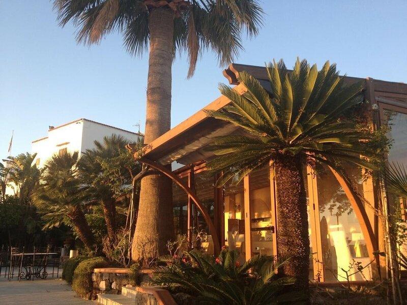 L'Incanto Restaurant & Suites