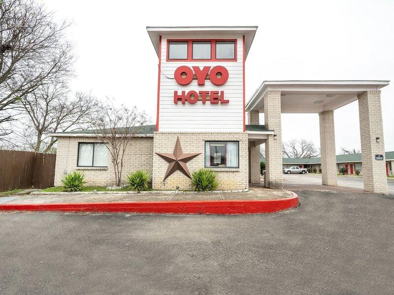 Oyo Hotel San Antonio near At&t Center