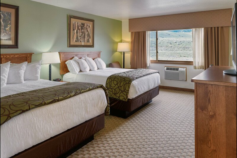 The Ridgeline Hotel at Yellowstone Ascend Hotel Collection
