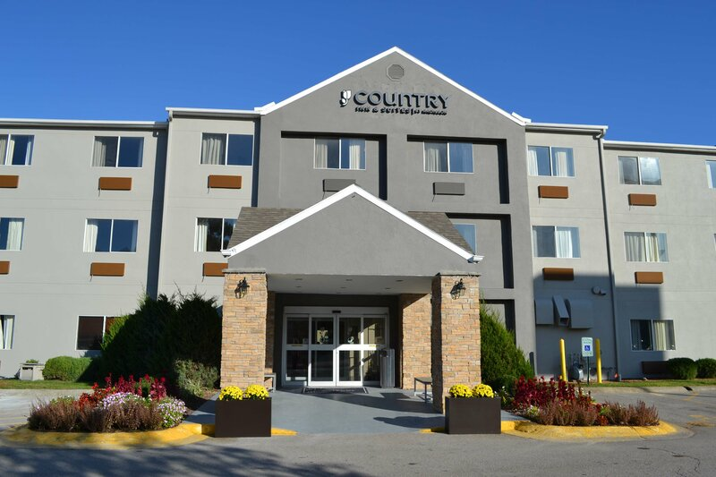 Country Inn & Suites by Radisson Fairview Heights