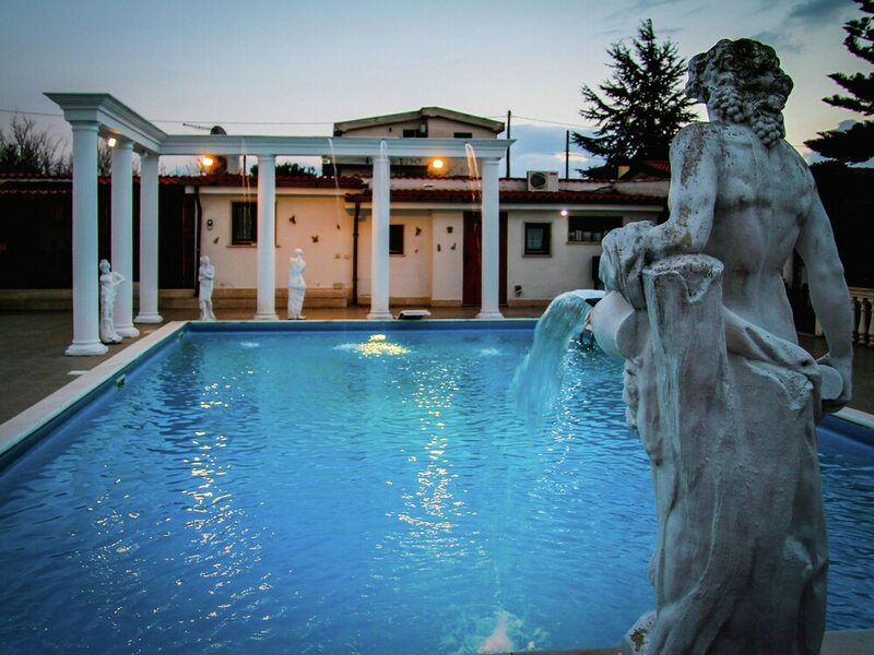 Spacious Villa in Anzio With Private Swimming Pool