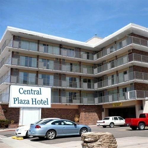 Central Plaza Hotel