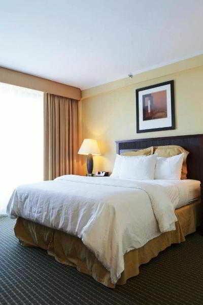 Garden Inn & Suites Jfk